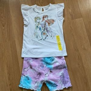 NWT beautiful Disney frozen 2 shorts set.